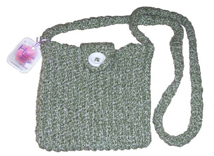 White tweedy crocheted shoulder bag with white button closure
